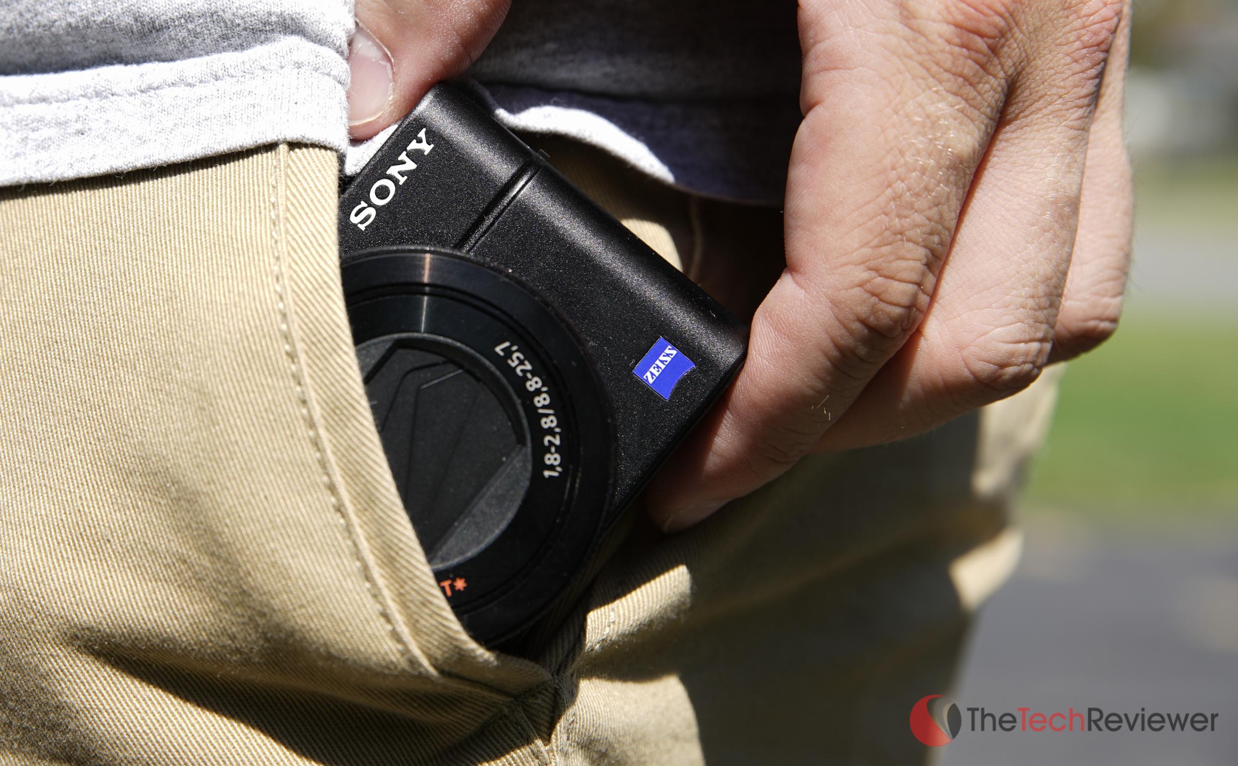 RX-100IV Product Shot