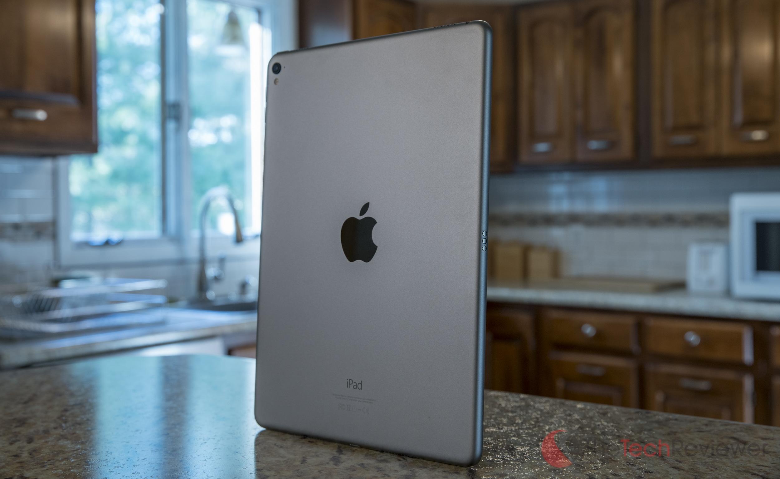 Apple%20iPad%20Pro%209.7-inch-8
