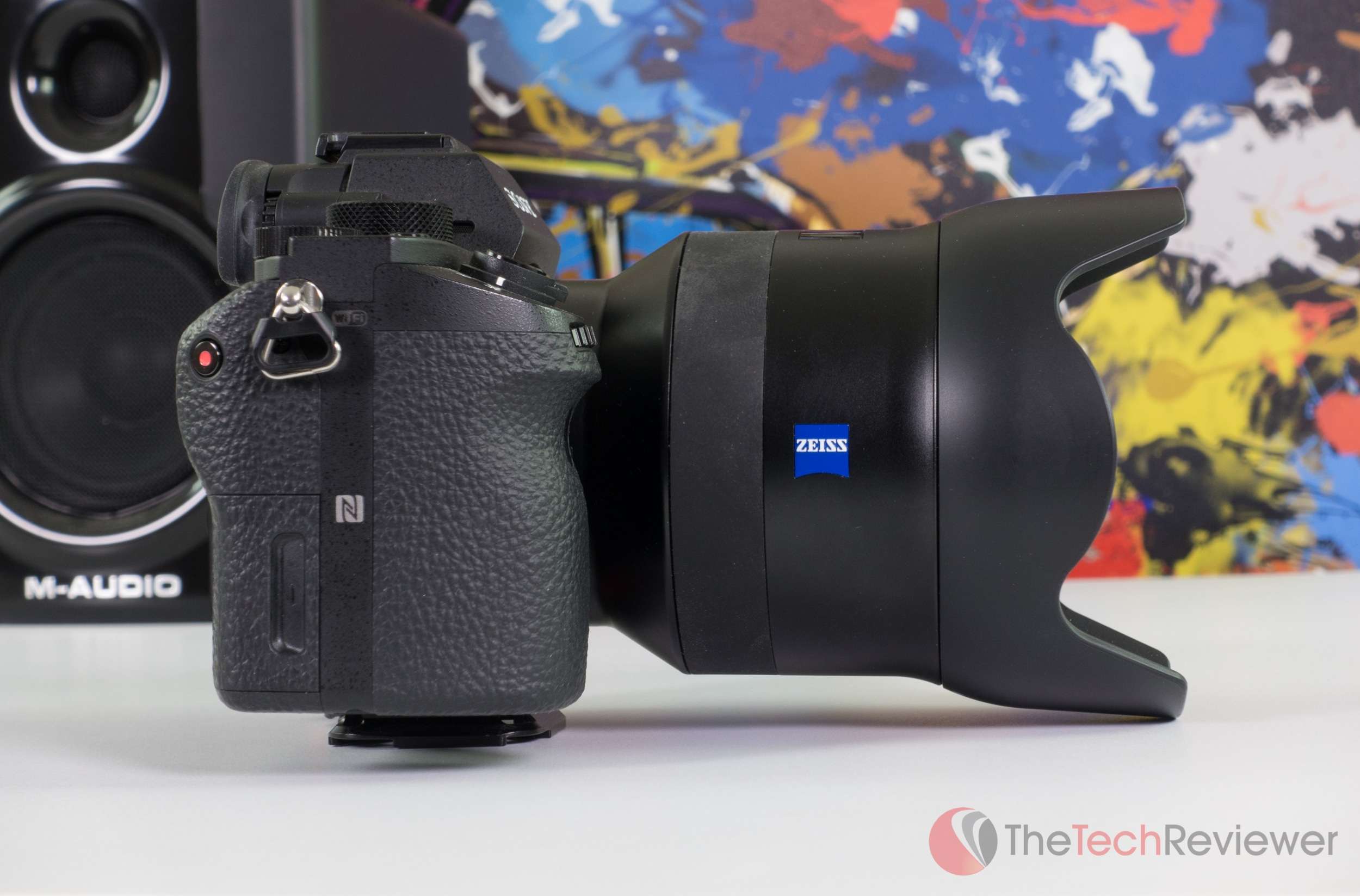 Lens%20on%20a7rii%20studio%20side-1