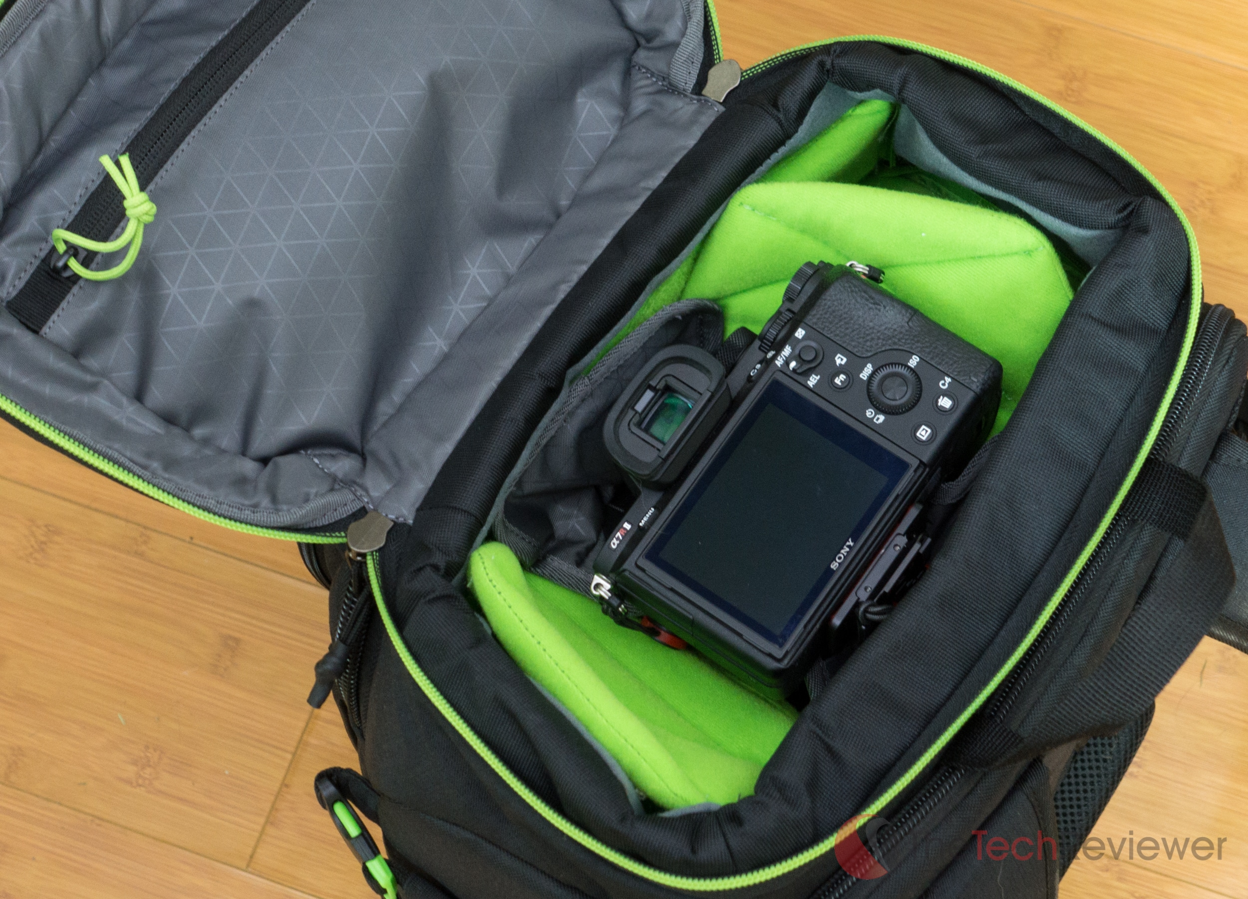Case%20Logic%20Kontrast%20DSLR%20Backpack-2-2