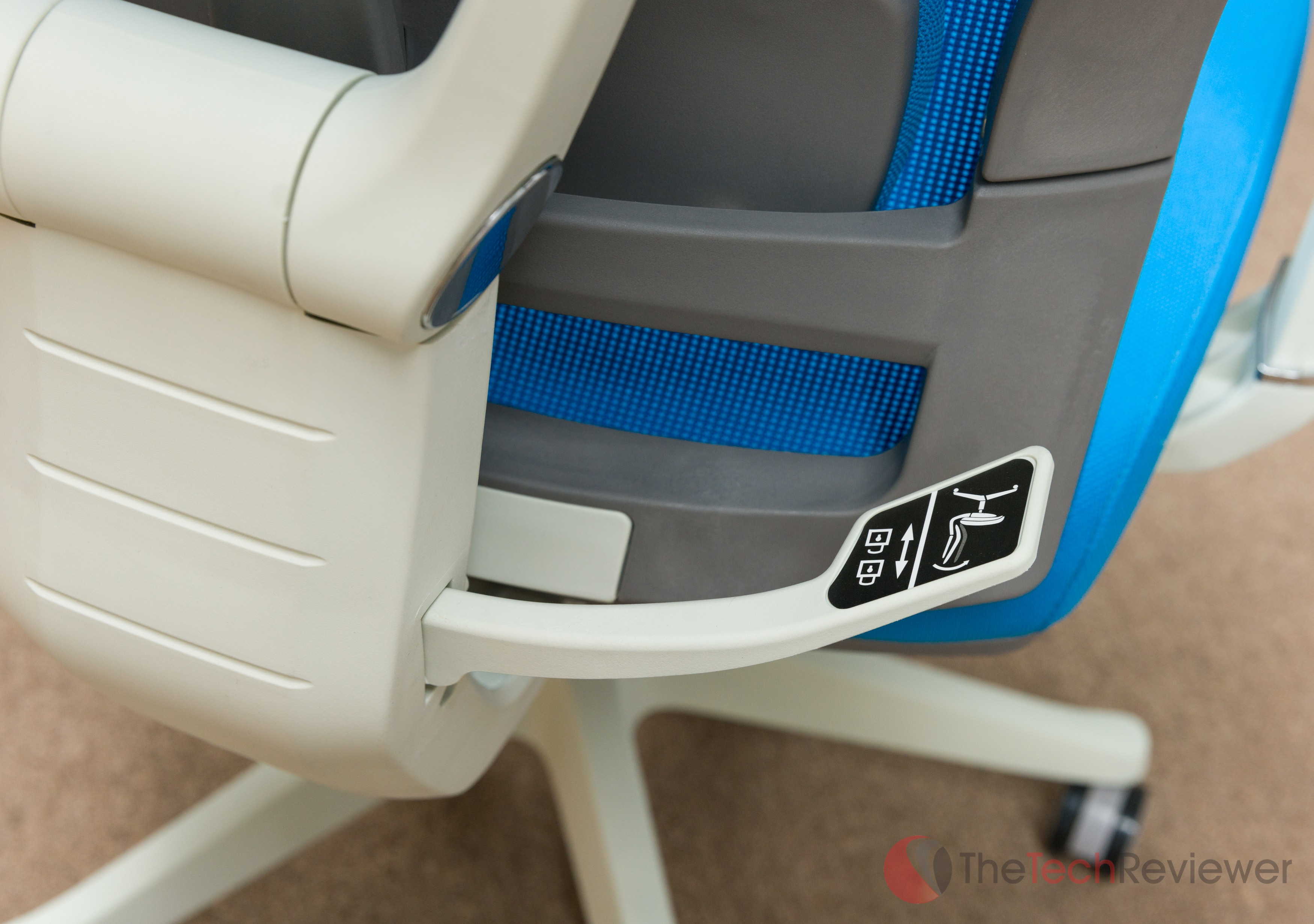 autonomous%20ergochair%20%285%20of%2012%29